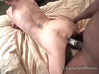 Skinny Mom Gets Pounded by Mandingo and Barely Survives this Video