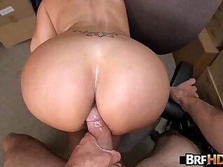 Big booty latina Vanessa Luna Hardcore Sex In The Back Room.