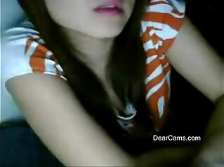 Fair cute Asian webcam stripping