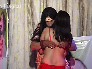horny - Horny SAADHU forces an innocent bahu to make love