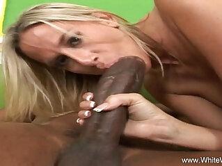 Big Black huge Cock Penetrates White Wifey