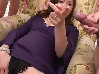 Asian milf wanks in her foursome with toys