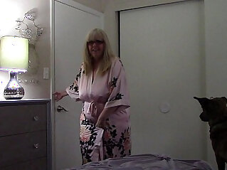 Virtual sex stepmom catches stepson masturbating isabel evanz