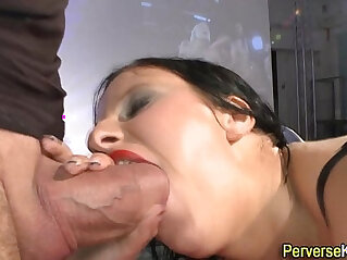 Piss babe gets railed